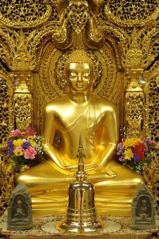 ゴータミー精舎本堂の仏像
